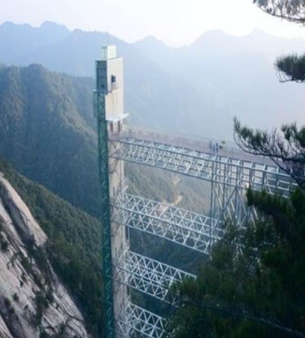 Việt Nam tự hào có 2 cây cầu kính đẹp ngỡ ngàng, du khách háo hức ghé thăm-5