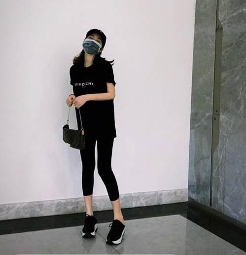 Lần đầu xuất hiện sau tin đồn sinh con, Hoà Minzy lộ dáng gầy xót xa-2