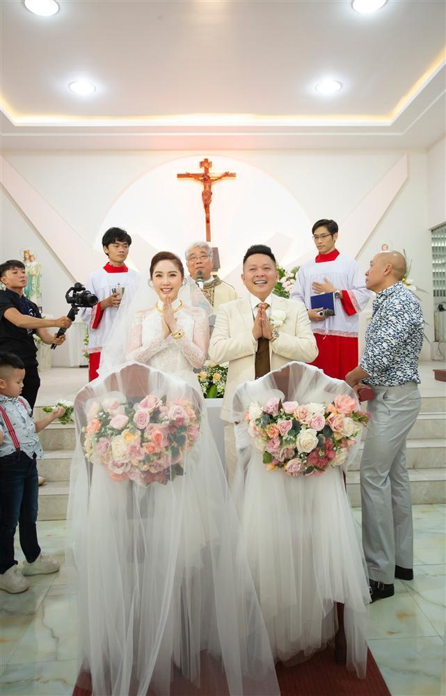 Bị dị nghị lấy chồng kém sắc, mỹ nhân Việt vẫn có cuộc sống hạnh phúc vạn người mơ-2