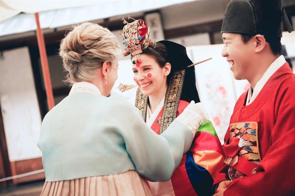 Cô dâu nước ngoài ở Hàn Quốc phải xem chồng như vua chúa trong nhà-1