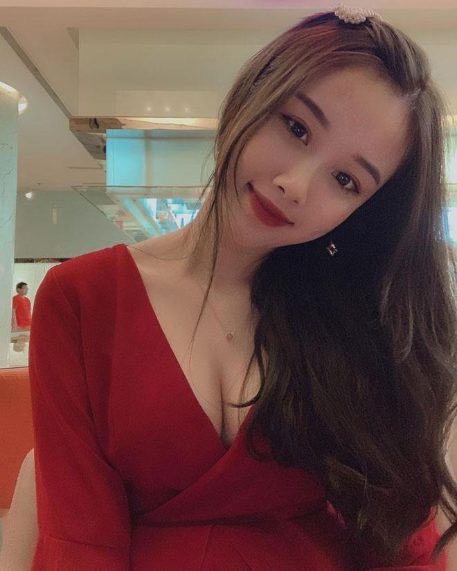 Bạn gái hotgirl của Văn Toàn liên tục tung ảnh bikini khoe 3 vòng bỏng mắt-2