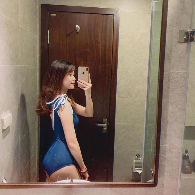 Bạn gái hotgirl của Văn Toàn liên tục tung ảnh bikini khoe 3 vòng bỏng mắt-9