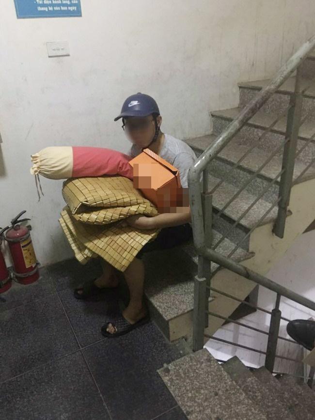 26 tuổi vẫn còn zin, thanh niên bị bố mẹ thu dọn đồ đạc đuổi ra khỏi nhà-3