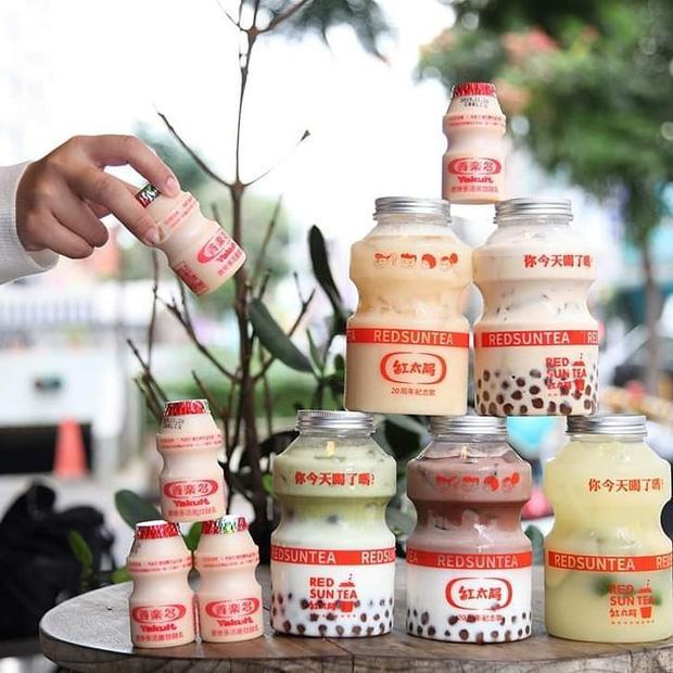 Tín đồ trà sữa phát cuồng với phiên bản đặc biệt hình lọ sữa chua uống siêu to khổng lồ có dung tích lên đến 700ml tại Đài Nam-7