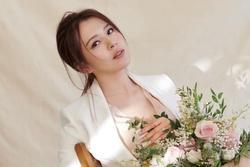 Người đẹp Đài Loan mất trắng khi chi 7.000 USD mua vai?