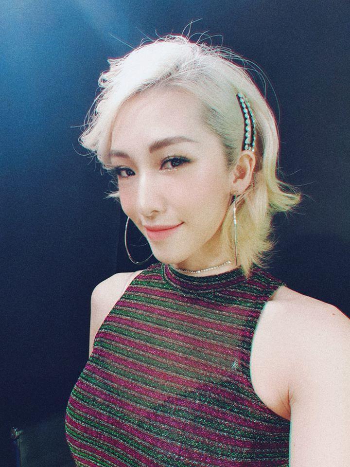 Khi hot girl đi làm ca sĩ: Người bị chỉ trích, kẻ bị xóa kênh YouTube-5