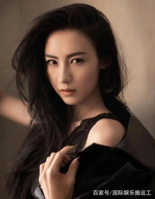 Trương Bá Chi tổ chức sinh nhật cho con trai thứ ba, người đàn ông ngoại quốc bị nghi ngờ là cha ruột của Marcus-1