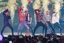 Dàn staff nhà SM tiết lộ chi tiết thú vị về các bài hát b-side trong album comeback 'OBSESSION' của EXO