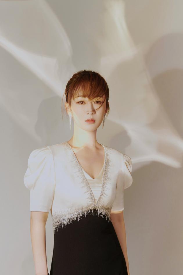 Nữ hoàng rating Dương Tử chính thức lên tiếng về loạt ảnh tới bệnh viện thẩm mỹ-3
