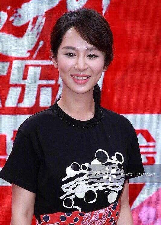 Nữ hoàng rating Dương Tử chính thức lên tiếng về loạt ảnh tới bệnh viện thẩm mỹ-7