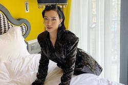 Cover hit của Đông Nhi, Diệu Nhi không quên 'than thân trách phận' vì bị… chuột rút