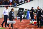 Không chỉ HLV thủ môn, hé lộ hình ảnh hậu vệ Thái Lan cũng tham gia khẩu chiến gắt với thầy Park-7