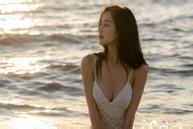 Jun Vũ: 'Tôi tự tin mặc bikini sau khi nâng ngực'