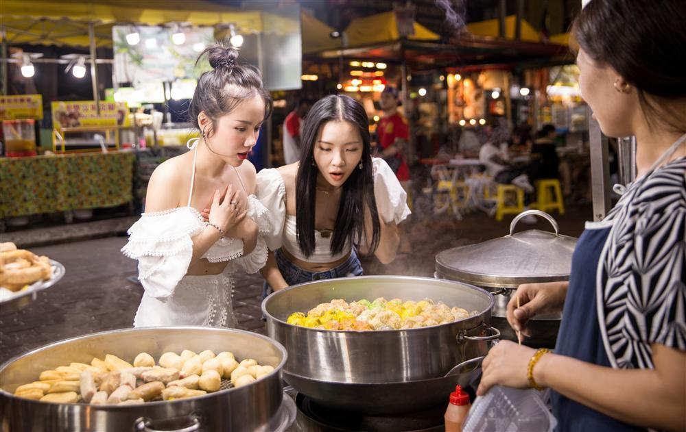 Phương Ly đầu tư khủng, quay MV mới ở loạt địa điểm du lịch nổi tiếng nhất Malaysia-3