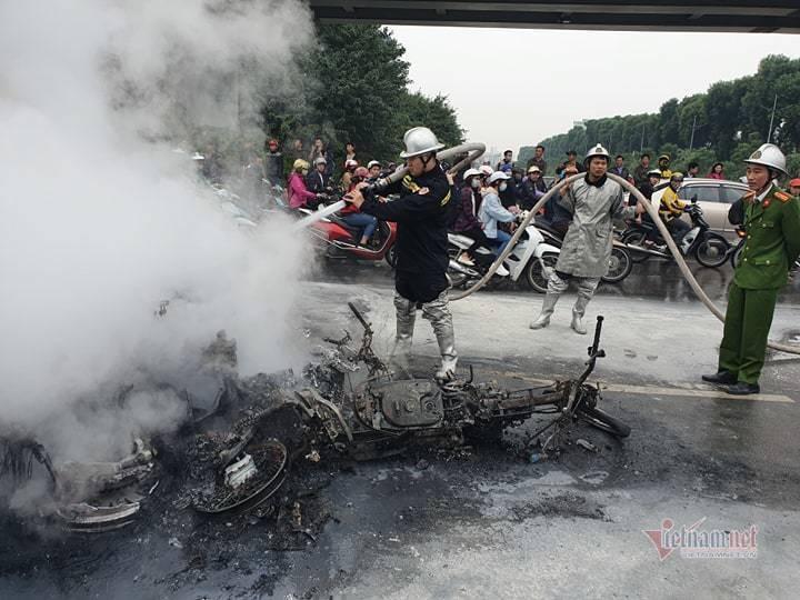 Danh tính nạn nhân bị ô tô Mercedes tông tử vong trên đường Lê Văn Lương-1