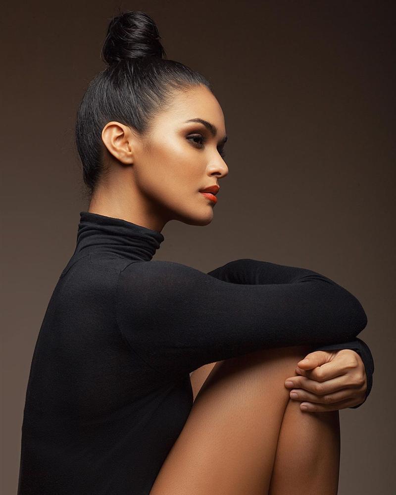 Bản tin Hoa hậu Hoàn vũ 21/11: HHen Niê chặt đẹp Hoàng Thùy khi lên đồ y chang phong cách-11