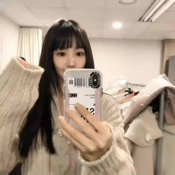 Park Min Young ngày càng lên hương từ trang phục và tóc tai khiến ai cũng khen ngợi nhan sắc-3