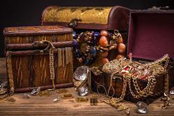 Đặt vật phong thủy này trong nhà đánh thức Thần Tài giữ của, gia chủ đếm tiền mỏi tay