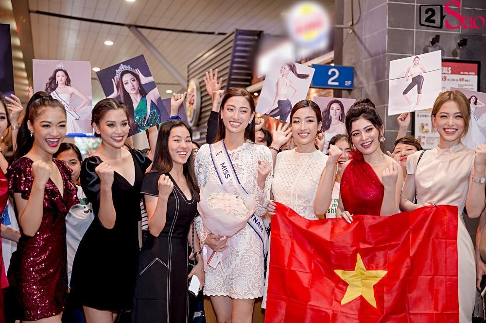 Dàn hoa hậu đổ bộ sân bay lúc nửa đêm tiễn Lương Thùy Linh lên đường thi Miss World 2019-9