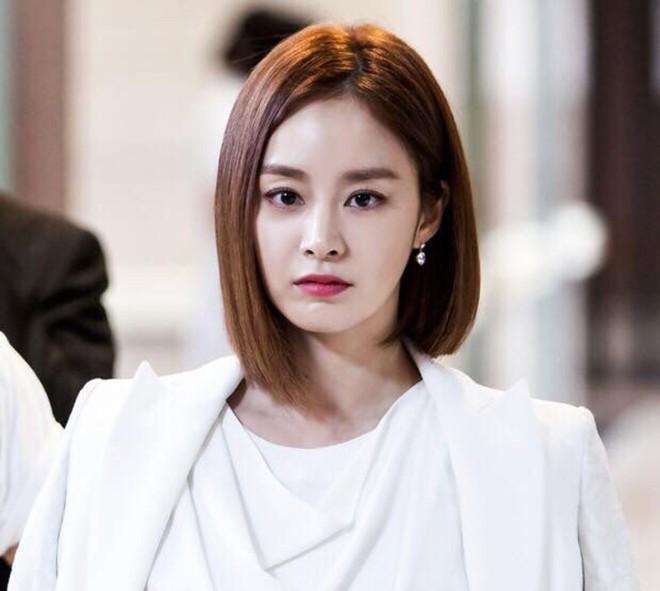 Kim Tae Hee đóng phim sau hơn một tháng sinh con-2