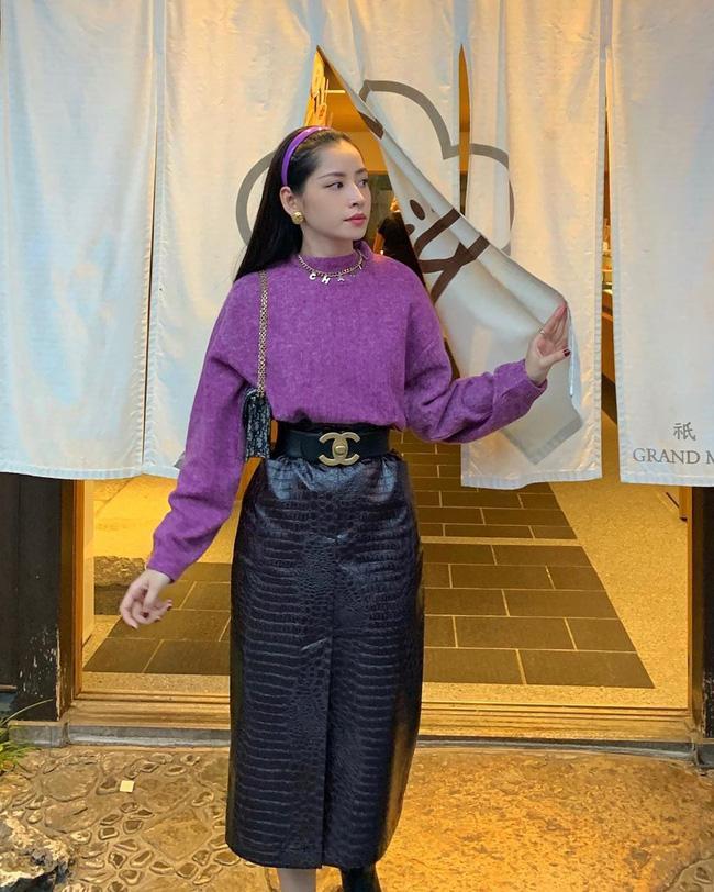 Tông tím sến sẩm được Hồ Ngọc Hà - Hương Giang mix&match cao tay từ thảm đỏ đến street style-12