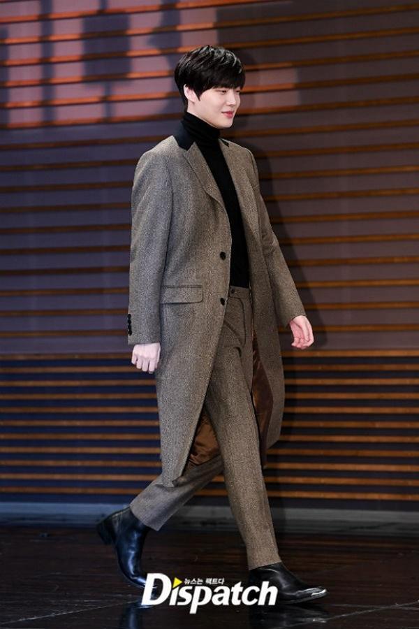 Bất chấp bê bối ly hôn, Ahn Jae Hyun công khai sánh đôi với tiểu tam tin đồn Oh Yeon Seo-1