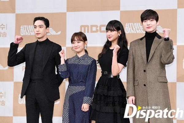 Bất chấp bê bối ly hôn, Ahn Jae Hyun công khai sánh đôi với tiểu tam tin đồn Oh Yeon Seo-4
