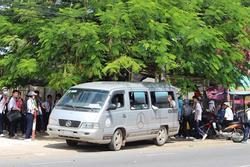 Vụ xe đưa đón làm rơi 3 học sinh xuống đường: 'Đây là vụ việc nghiêm trọng, cần làm rõ nguyên nhân để có hướng xử lý'