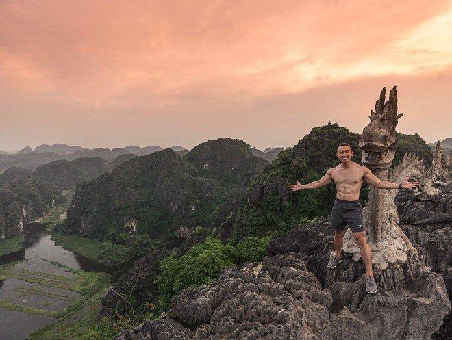 Cả loạt trai đẹp thi nhau cởi áo, khoe 6 múi ở Thánh địa sống ảo nổi tiếng miền Bắc-2