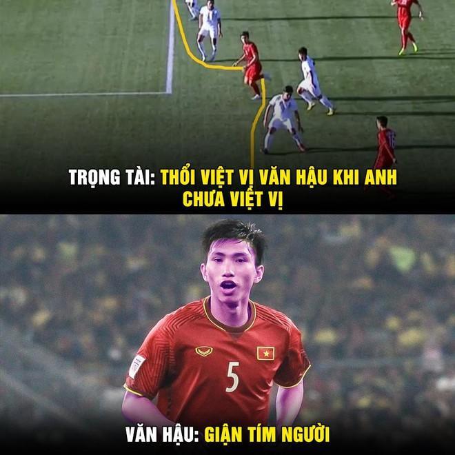 Ảnh chế Văn Hậu giận tím người vì mất oan bàn thắng trận gặp U22 Lào-5