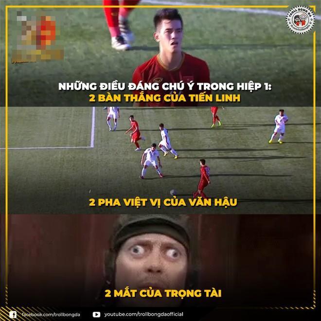 Ảnh chế Văn Hậu giận tím người vì mất oan bàn thắng trận gặp U22 Lào-6
