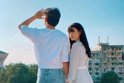 Trương Quỳnh Anh đăng ảnh nắm tay trai lạ sau ly hôn, dân mạng đồng thanh gọi tên Quốc Trường