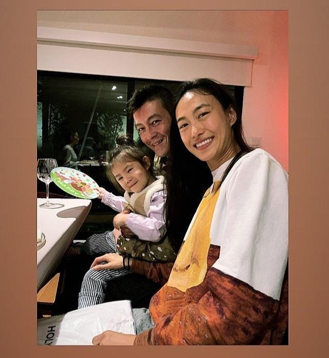 Trần Quán Hy khoe cuộc sống giản dị bên vợ con sau 10 năm dính bê bối ảnh sex-1
