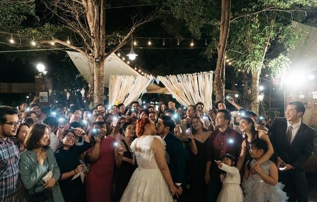 Cô dâu mời hẳn 3 người yêu cũ tới đám cưới, thái độ của chú rể làm nhiều người suy nghĩ-3
