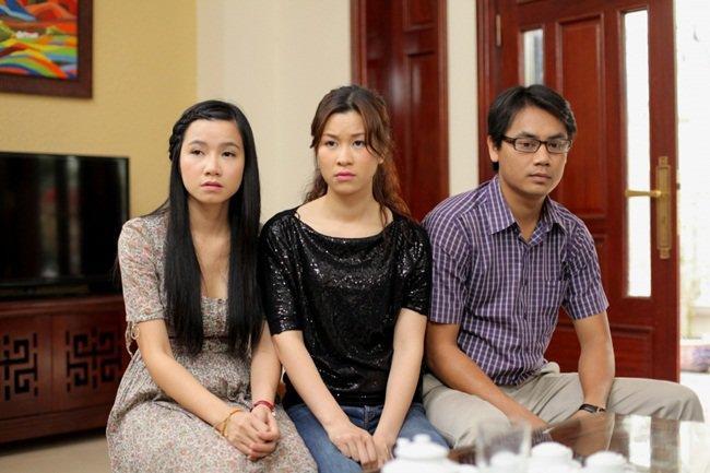Người đàn bà trơ nhất Hoa Hồng Trên Ngực Trái: Tối không đi đâu vì chơi tô màu với con-2