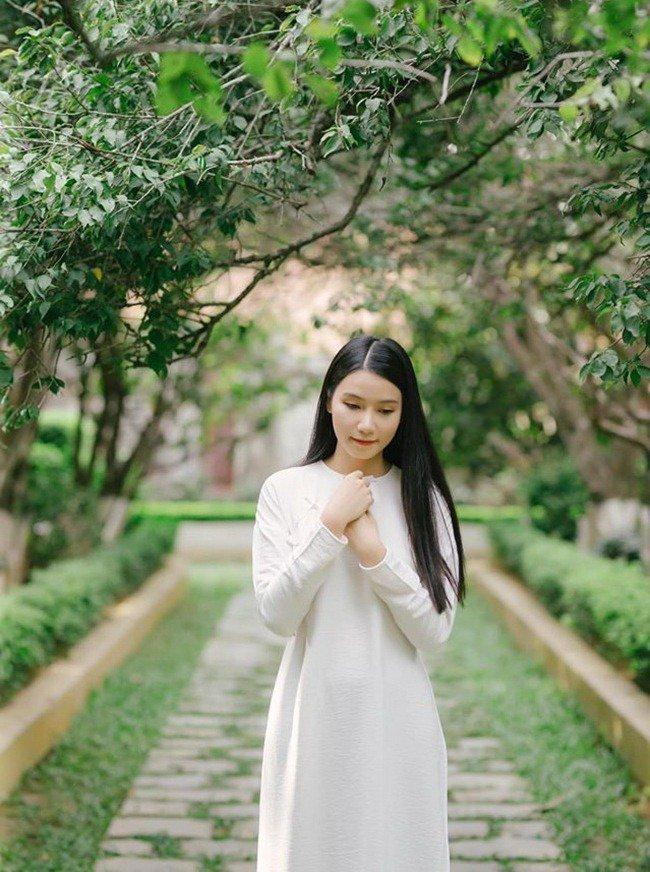 Người đàn bà trơ nhất Hoa Hồng Trên Ngực Trái: Tối không đi đâu vì chơi tô màu với con-6
