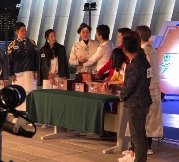 Góc khuất sau các buổi quay show về đêm ở Trung Quốc-4