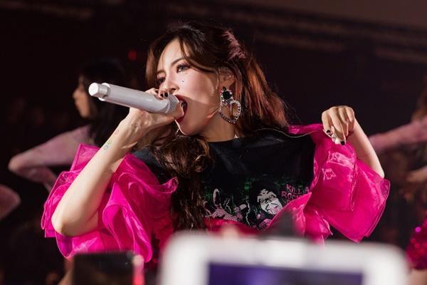 HyunA rực rỡ trên sân khấu ở Đài Loan-1