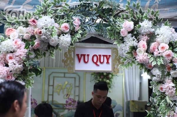 Hoàng Yến, Ái Phương xúng xính áo dài làm phụ dâu trong đám cưới Hoàng Oanh-6