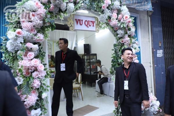 Hoàng Yến, Ái Phương xúng xính áo dài làm phụ dâu trong đám cưới Hoàng Oanh-7