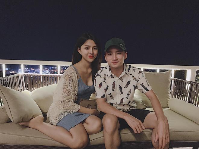 Phan Mạnh Quỳnh và bạn gái du lịch mừng 4 năm yêu-4