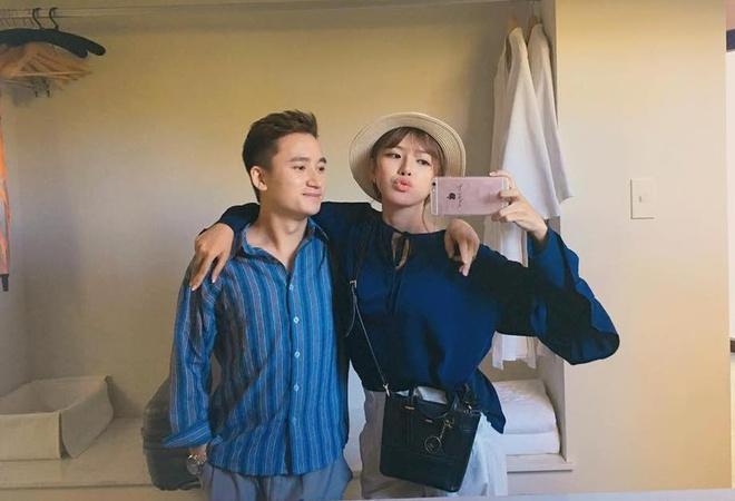 Phan Mạnh Quỳnh và bạn gái du lịch mừng 4 năm yêu-5