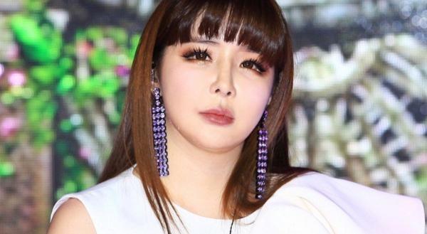 Suzy và những thần tượng Kpop có giọng hát đặc biệt-7