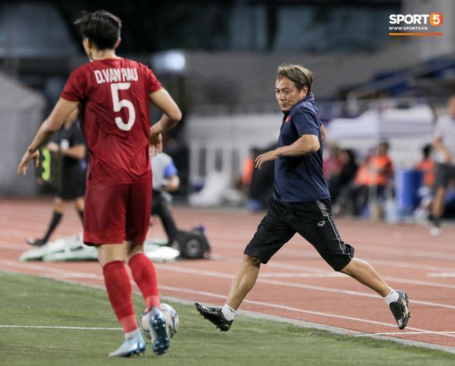 Hé lộ người hùng thầm lặng giúp Hoàng Đức ghi bàn ấn định tỷ số 2-1 trận gặp Indonesia-1