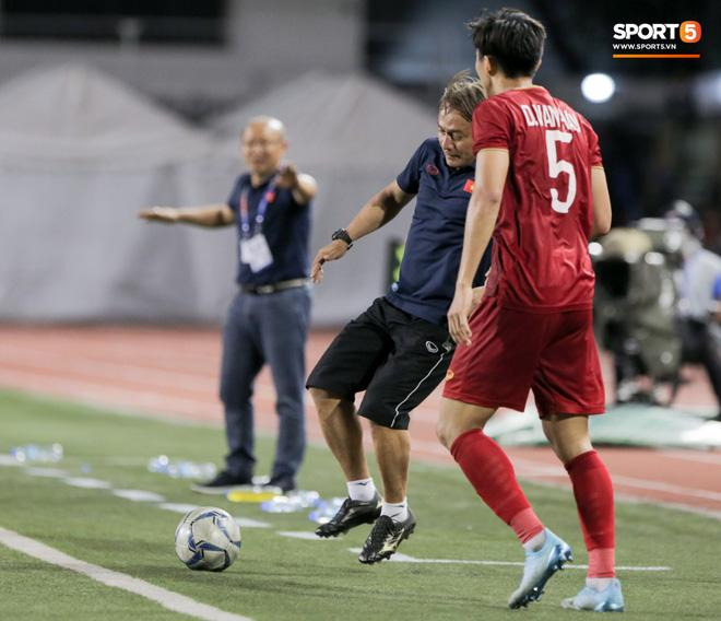 Hé lộ người hùng thầm lặng giúp Hoàng Đức ghi bàn ấn định tỷ số 2-1 trận gặp Indonesia-2