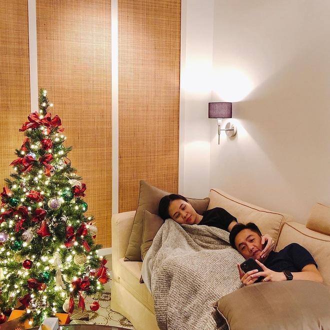 Còn gần 1 tháng nữa mới Noel thế mà Phạm Hương, Tăng Thanh Hà và dàn sao Việt đã nô nức trang trí nhà cửa rồi đây!-12
