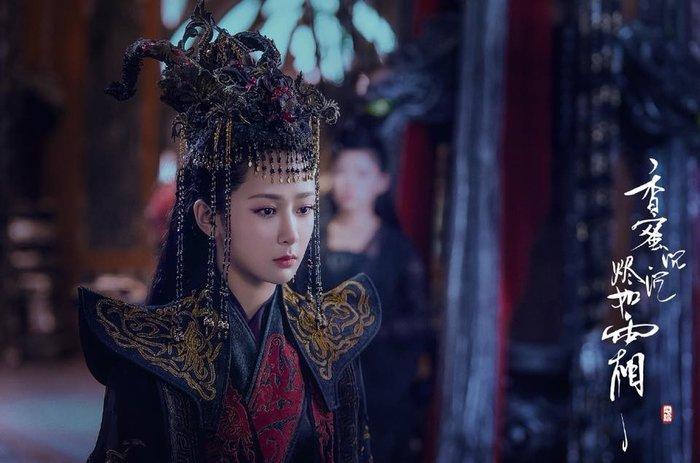Dương Mịch cùng dàn mỹ nhân Hoa ngữ mặc hắc y, ai đẹp hơn?-2