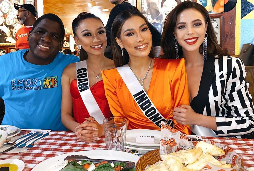 Miss Universe 2019 ngày thứ tư: Hoàng Thùy diện váy quây chanh sả, chờ mãi cũng đọ sắc Puerto Rico-14