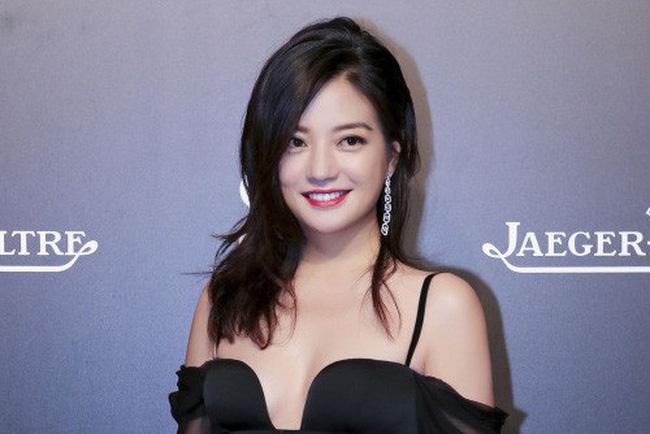 CHUYỆN LẠ KHÓ TIN: Vương Nhất Bác, Tiêu Chiến lọt Top nghệ sĩ bị ghét nhất Cbiz 2019-7