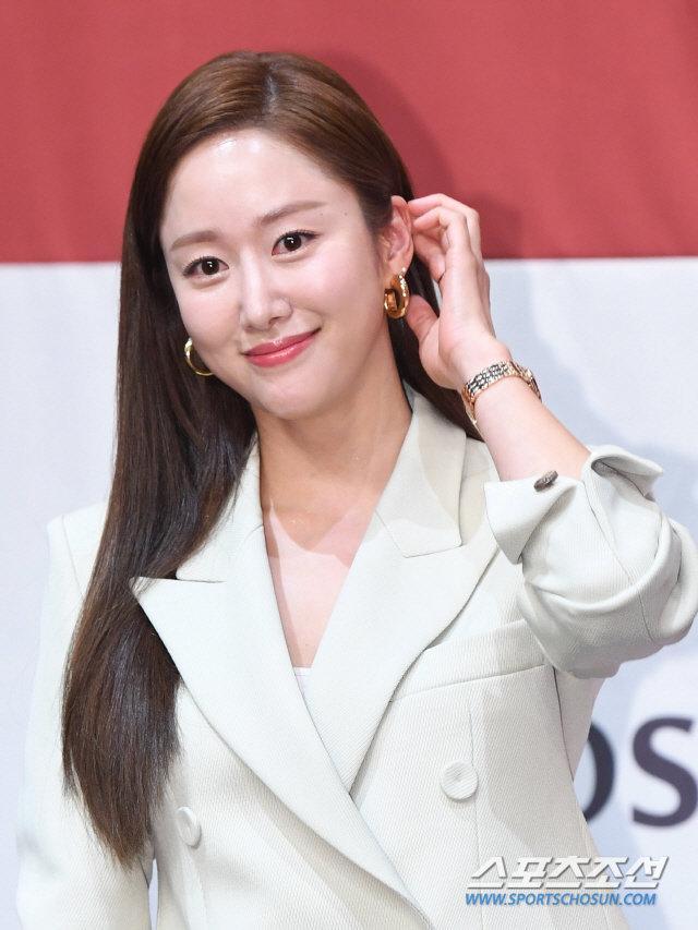 HOT: Bạn gái cũ Lee Jun Ki Jeon Hye Bin bất ngờ kết hôn vào cuối tuần này-2